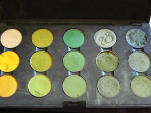 Mac makeup green yellow set