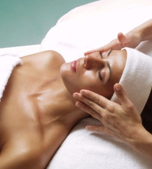 chemical peels at complexions spa