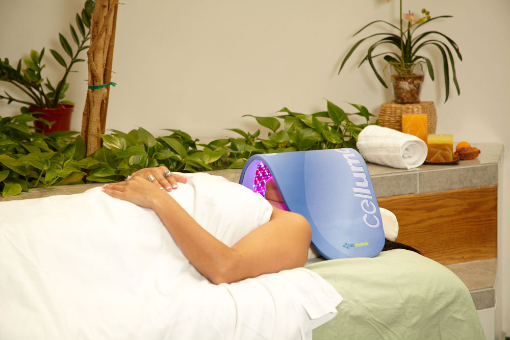 LED Light Therapy - Albany & Saratoga, NY - Complexions Spa